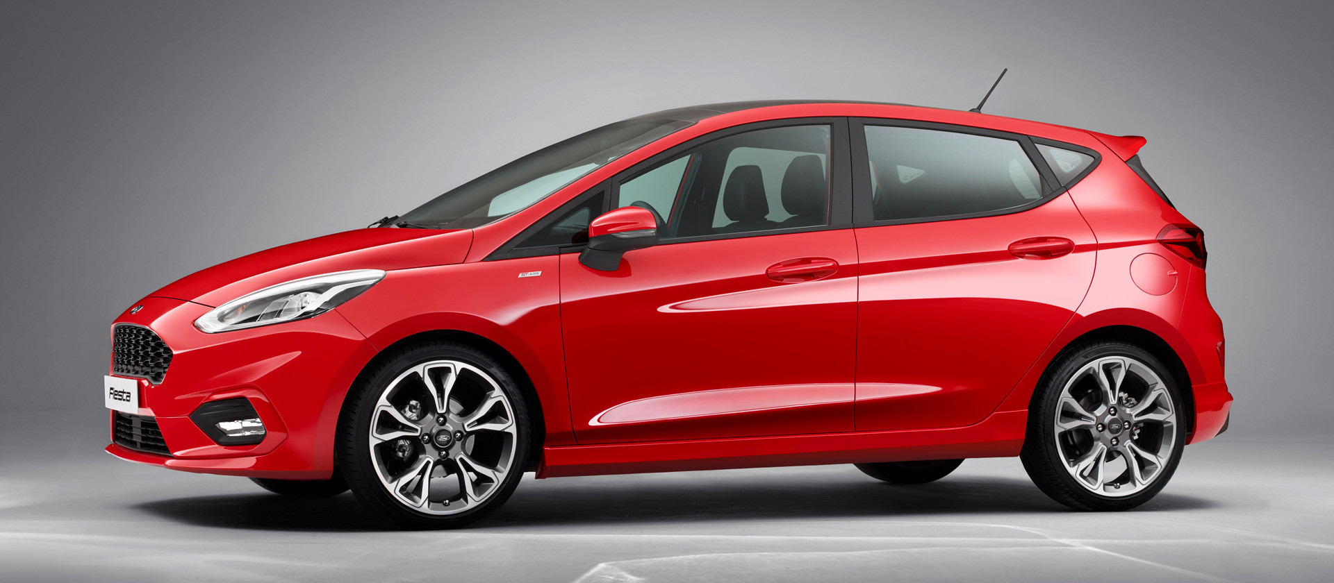 ford_fiesta2016_st-line_profile_10