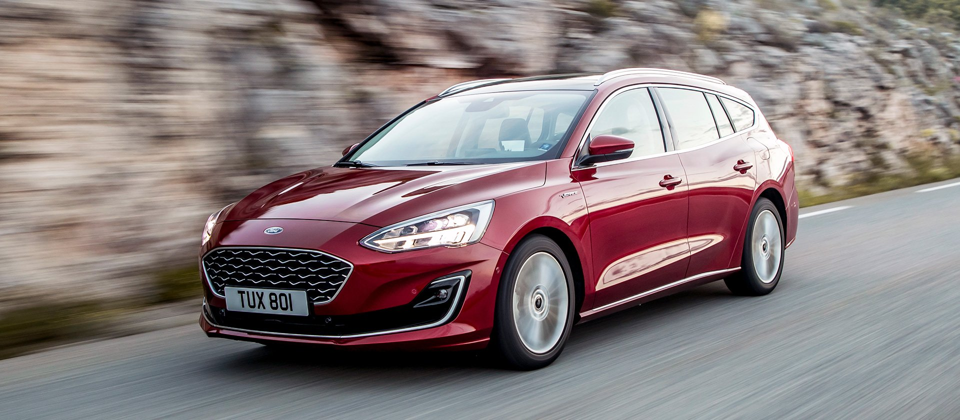 2018_ford_focus_drive_vignale_41