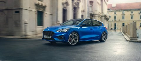 ford_2018_focus_st-line__01-2
