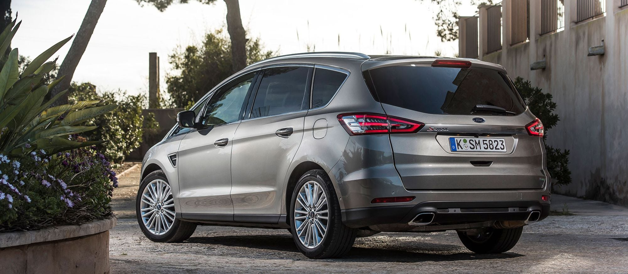ford_s_max_02