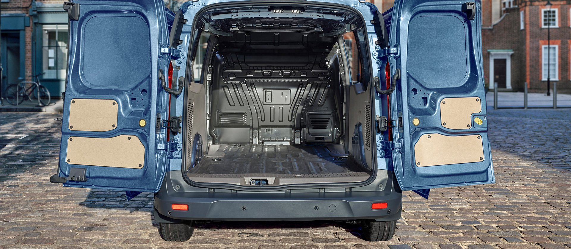 2018_ford_transit_connect_03
