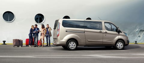 ford_tourneo_custom_05
